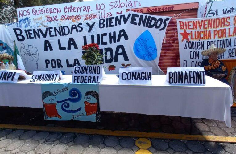 Comunidades toman planta Bonafont para convertirla en casa de los pueblos (Puebla)