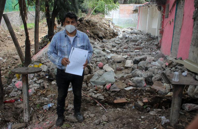 Sin avisar a pobladores, alcaldía de Xochimilco derriba árboles y casas
