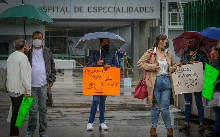 Medicamento apócrifo reciben pacientes con insuficiencia renal (Jalisco)