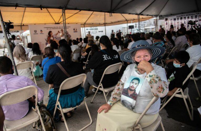 Galería: Familiares de personas desaparecidas marchan para no olvidar