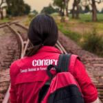 Voluntarios del Conafe en el Edomex se van a paro laboral