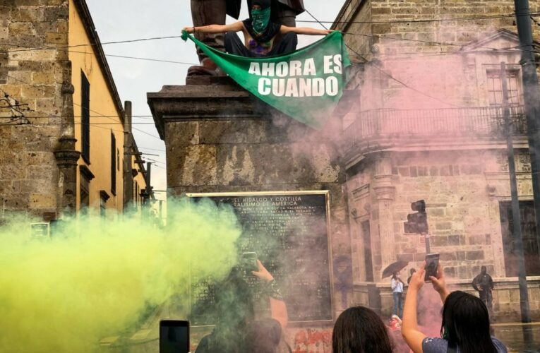 ¡Ahora es cuando! Marchan por la despenalización del aborto en Jalisco